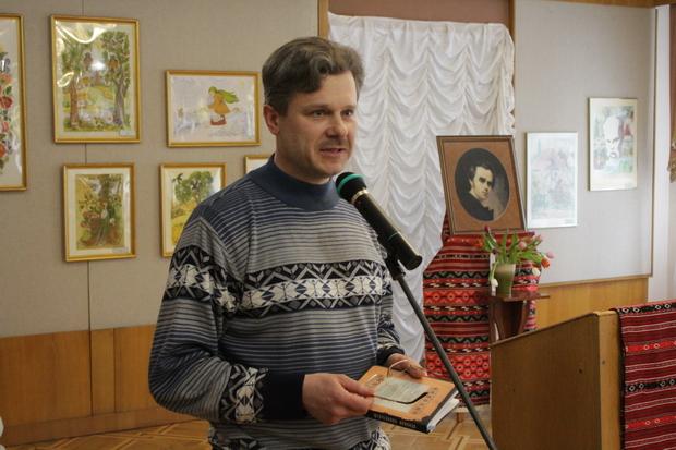 Художник Олесь Соловей