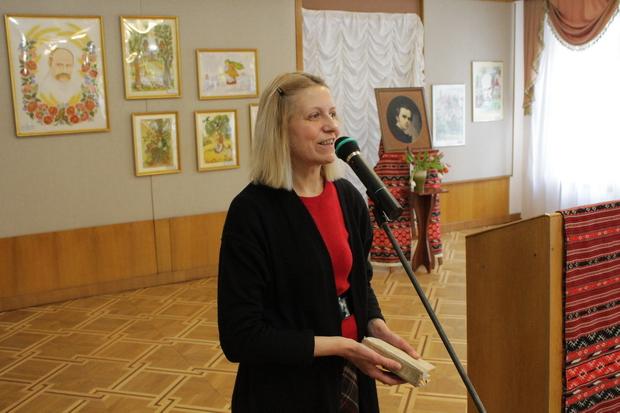 Журналістка Оксана Чайка